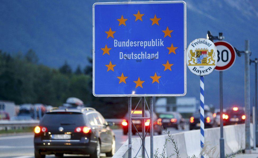 Border with Germany near Salzburg, Austria, 13 September 2015
