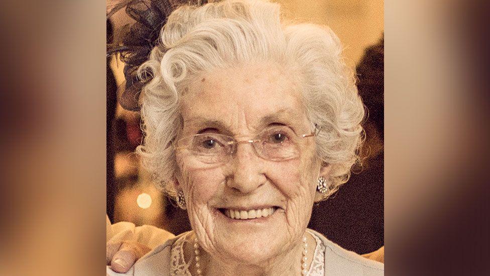 Nan Douglas