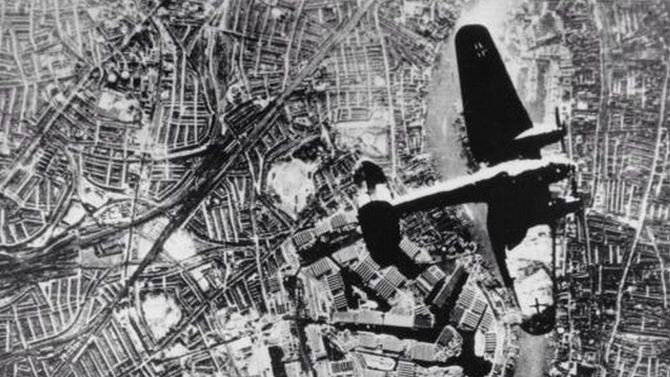 A Heinkel bomber over London