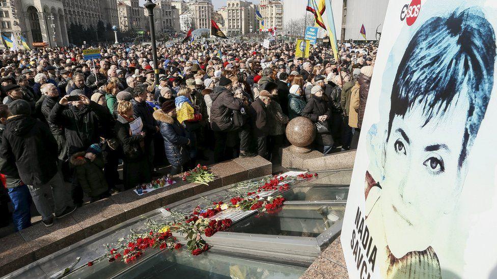 People take part in a rally demanding liberation of Ukrainian army pilot Nadezhda Savchenko by Russia, in central Kiev, Ukraine, March 6, 2016.