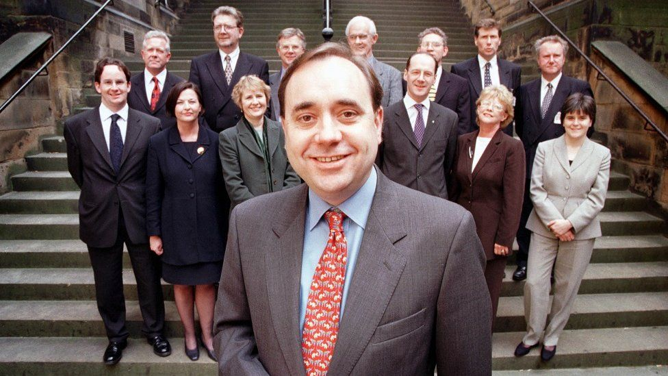 Alex Salmond with his SNP team in 1999