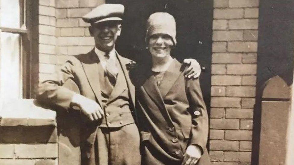 Hilda Churchill (right)