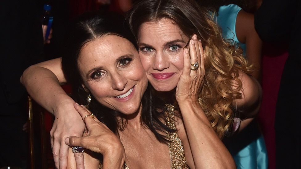 Veep nominees Julia Louis-Dreyfus and Anna Chlumsky consoled each other at the Emmys Governors Ball