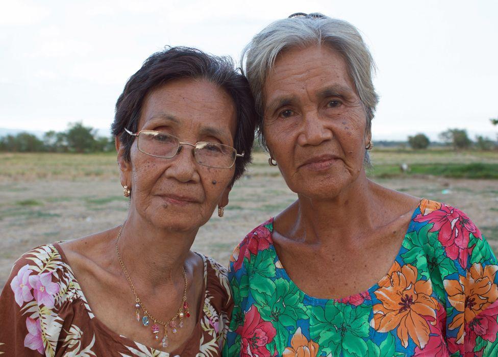 Sisters Lita and Mileng