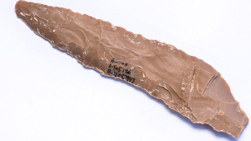 Flint knife