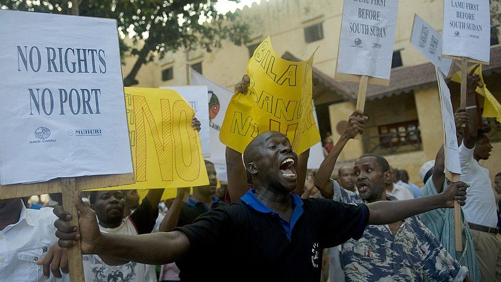 Residents of Lamu demonstrate on March 1, 2012 against a planned huge port to be constructed near the UNESCO-listed isle
