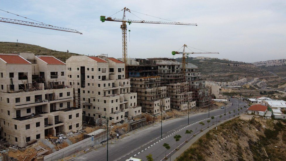 Construction at Jewish settlement of Givat Zeev in the occupied West Bank (13 May 2020)