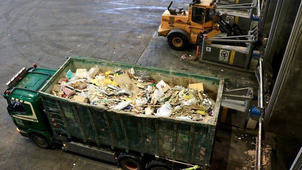 Rubbish truck at Copenhill