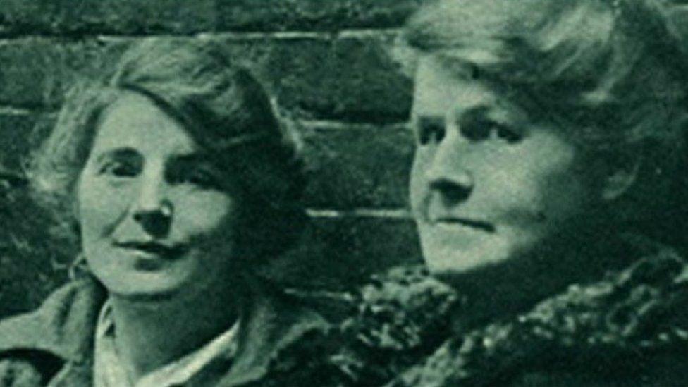 Winnie Mason (left) and Alice Wheeldon