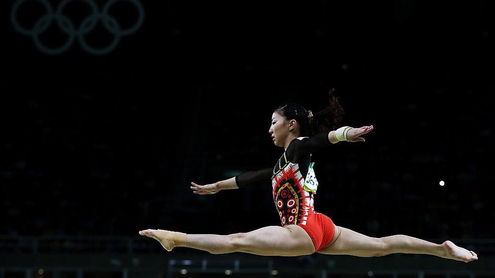 Asuka Teramato performing at the Rio Olympics