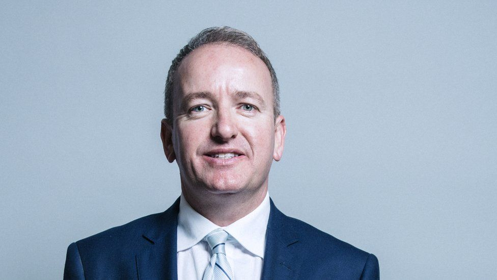 Official portrait of Conservative MP Mark Pritchard in 2017