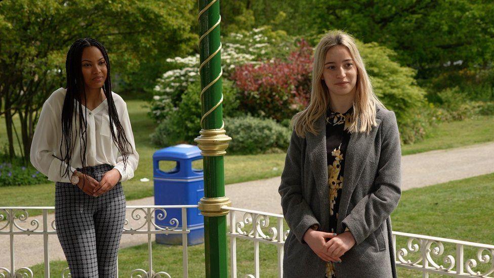 Elise Lemon and Emily Salmon