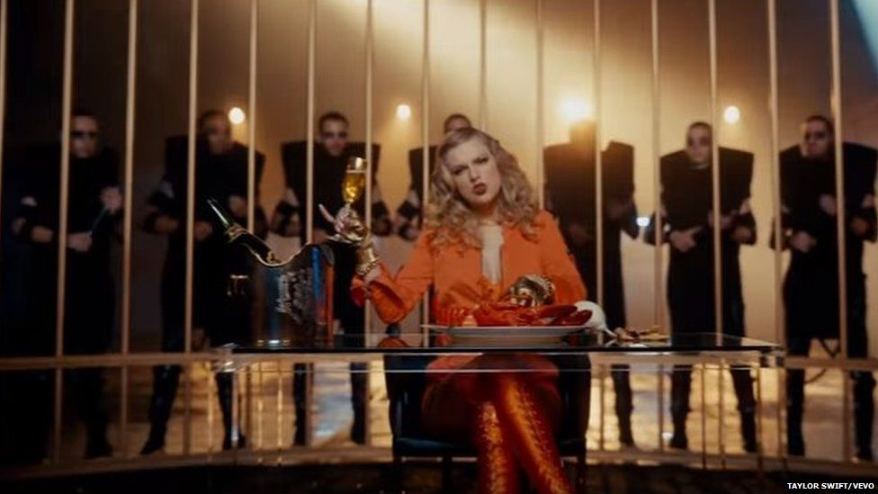 Taylor Swift in a cage