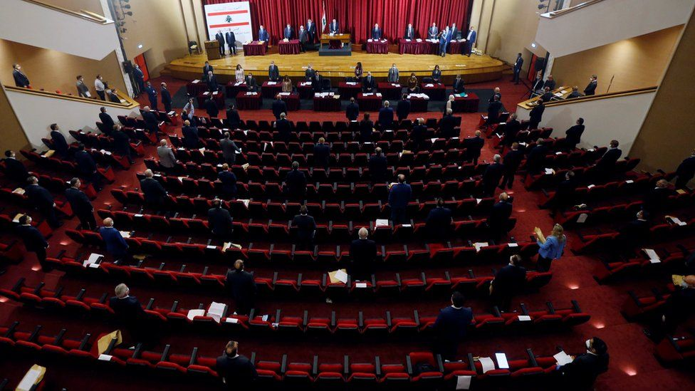 Lebanese members of parliament attend a legislative session at the Unesco Palace building in Beirut, Lebanon (21 April 2020)