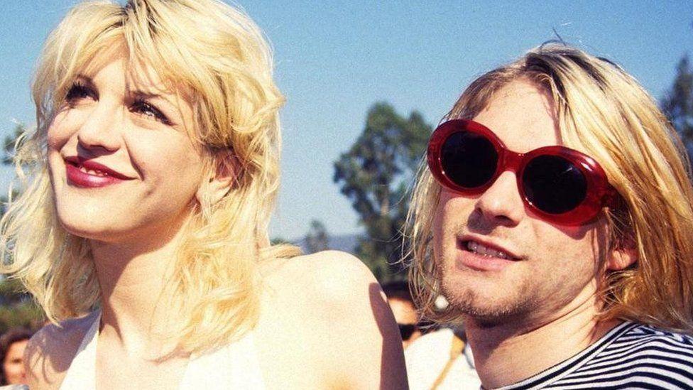 Cariad yn magu yng Ngahsnewydd? Courtney Love a Kurt Cobain