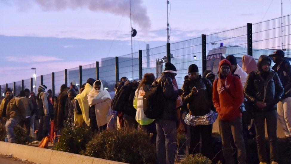 Migrants at the Jungle, 26 Oct