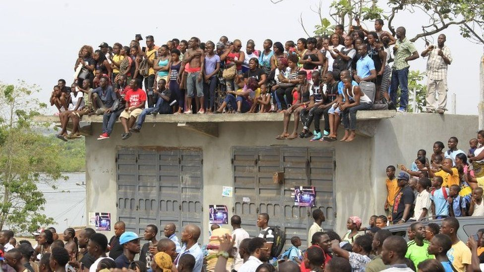 Liberians gathered in Monrovia on Friday to say goodbye to music star Quincy B, who died in a car crash this month, aged 23.