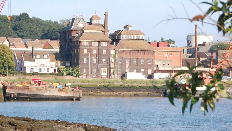 Tolly Cobbold brewery