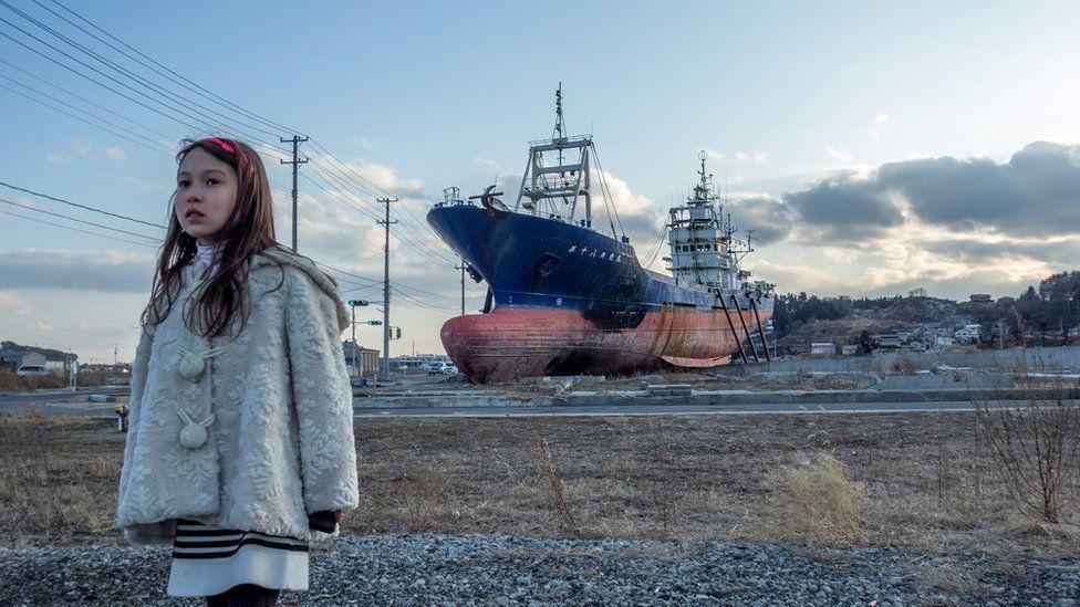 ship tsunami