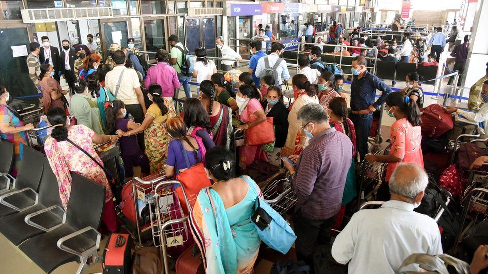 A view of the overcrowded Patna airport during the second day of lockdown imposed by the state government to curb the spread of coronavirus
