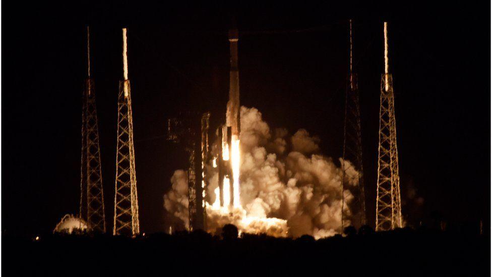 Atlas lift-off