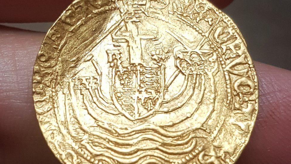 Gold coin found by Derbyshire detectorist