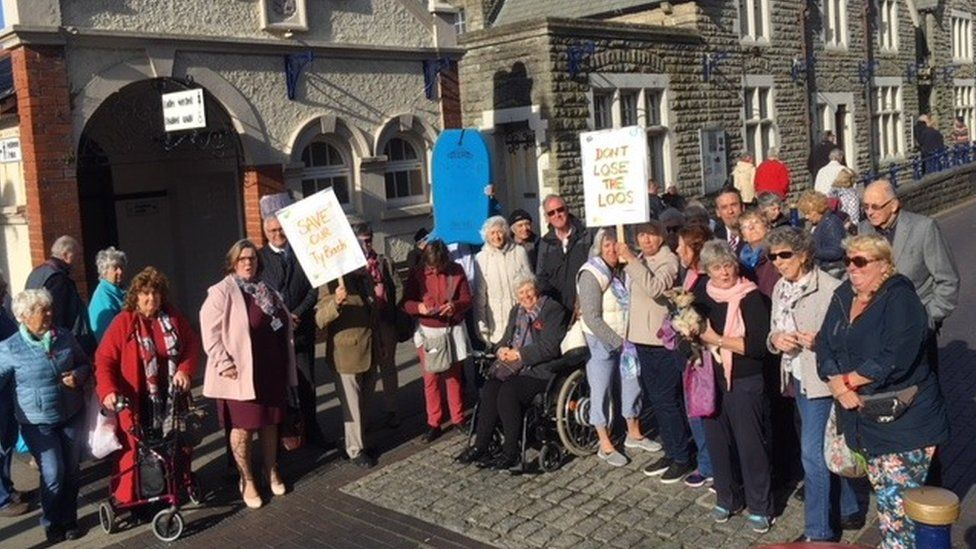 Demonstration against plans to close public toilets in Porthcawl