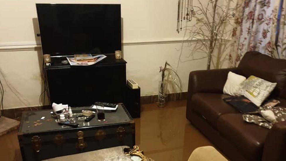 Mr Allarton's living room