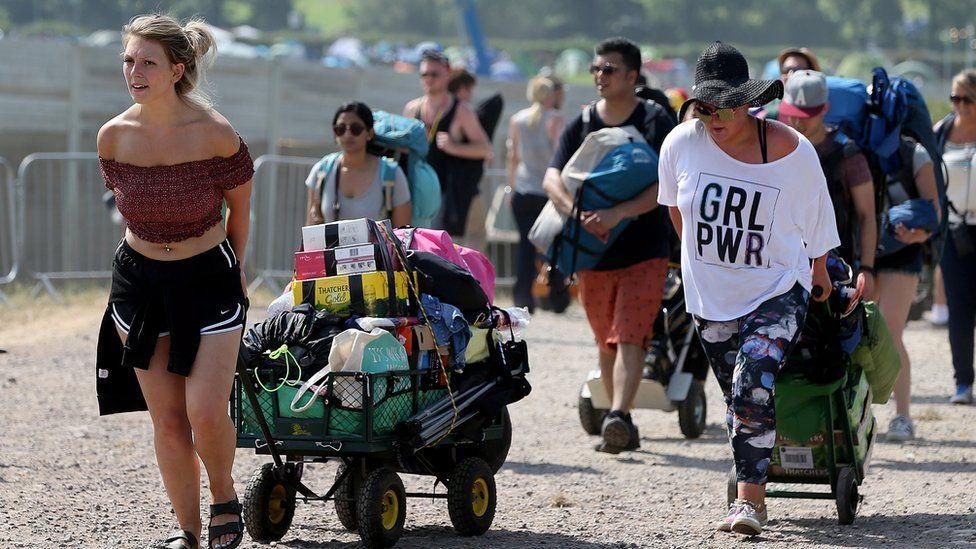 People arriving at Glastonbury
