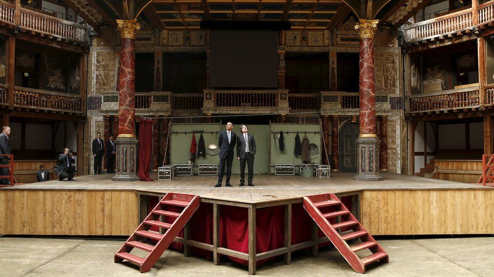 US President Barack Obama and Patrick Spottiswoode at the Shakespeare Globe theatre