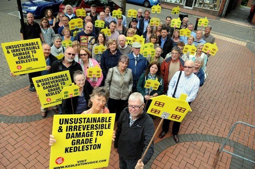 Kedleston Voice campaigners