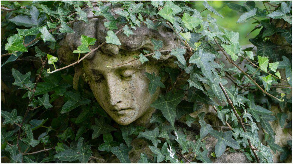 Cherub in Highgate Cemetery