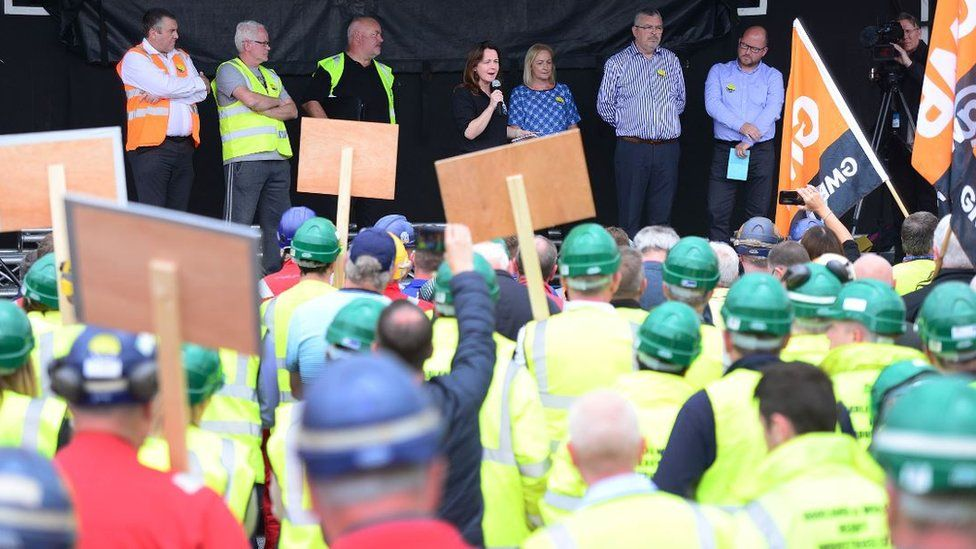 A rally in support of the shipyard workers took place in east Belfast on Tuesday