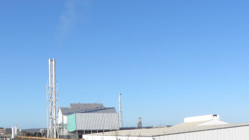 Viridor incinerator in Cardiff Bay