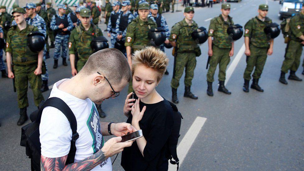 """Новый худший год. Главное из доклада """"Агоры"""" о свободе интернета в России"""
