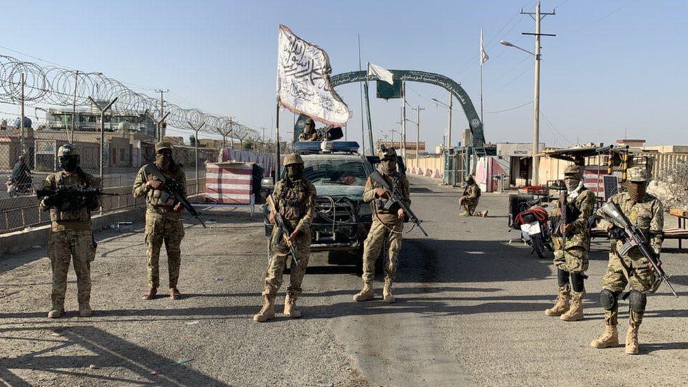 Taliban soldiers in Lashkar Gah