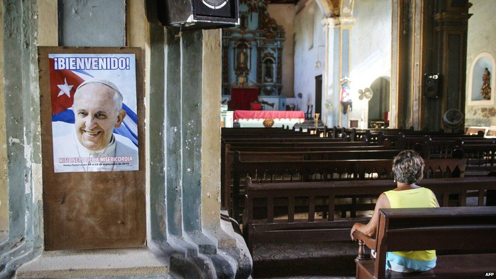 View of a poster of Pope Francis at a church in Santiago de Cuba province, Cuba (7 September 2015)