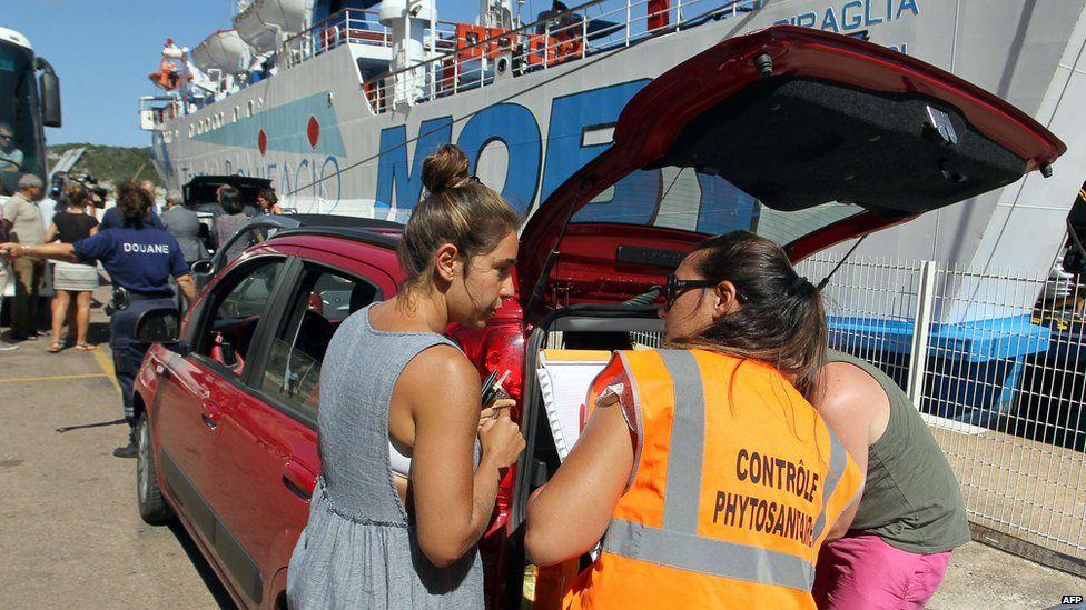 Inspection at port of Bonifacio, 29 Jul 15