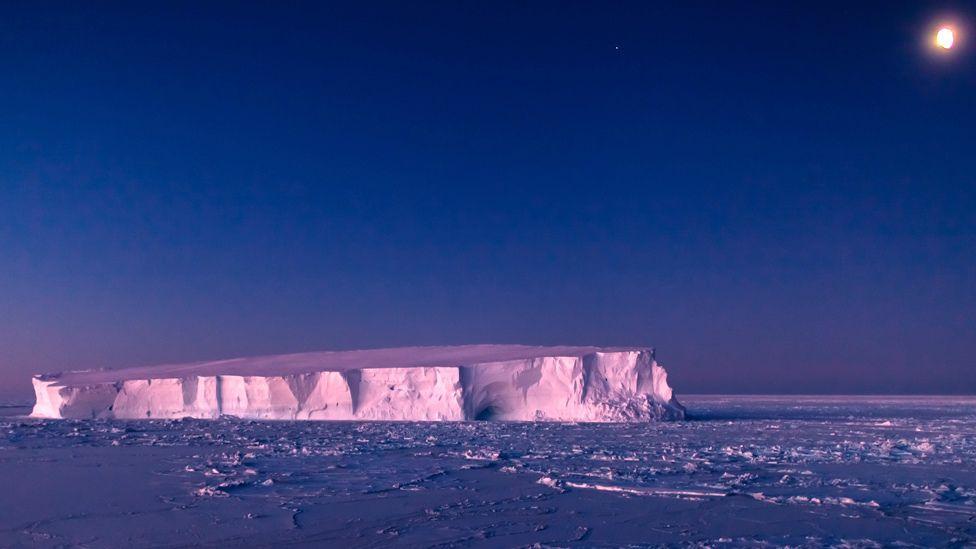 Weddell Sea berg