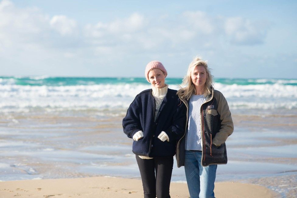 Kris (left) with her twin sister Maren