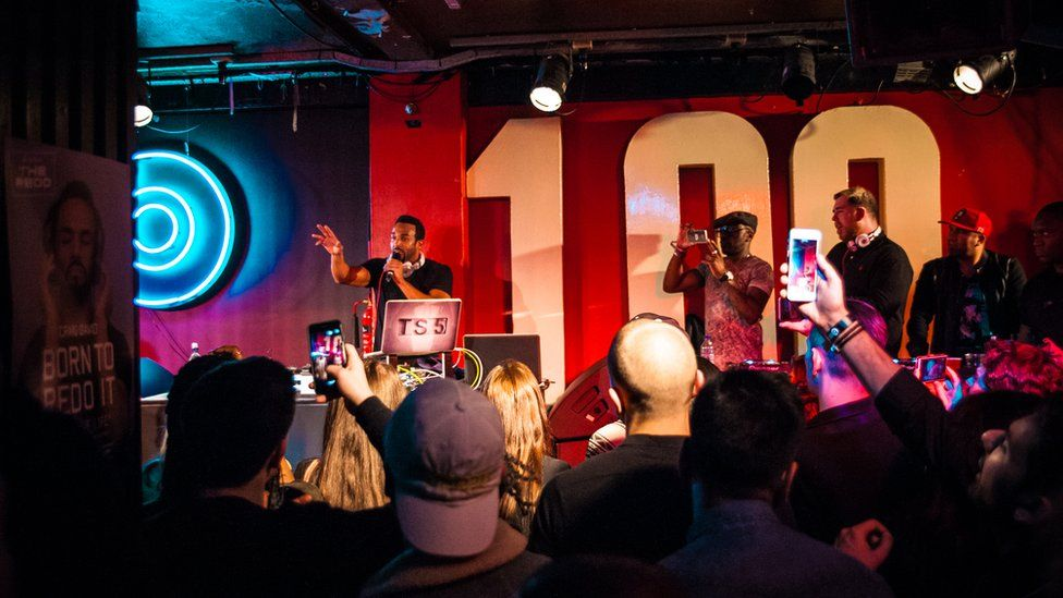 Craig David, with Big Narstie, performs at The 100 Club in 2016