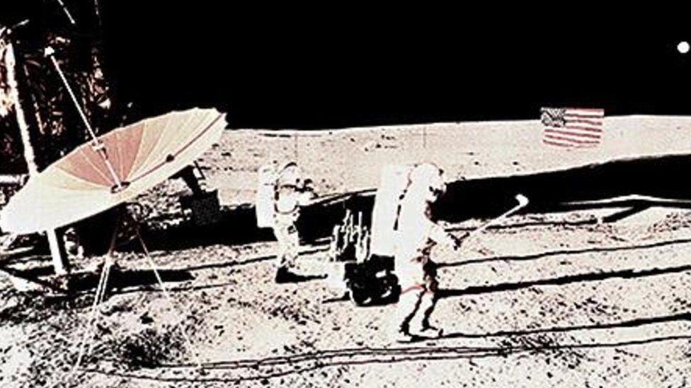 Гольф на Місяці