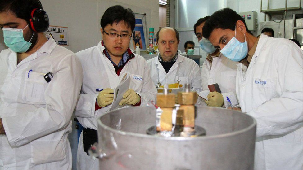IAEA inspectors at a nuclear facility in Natanz, Iran (Jan 2014)