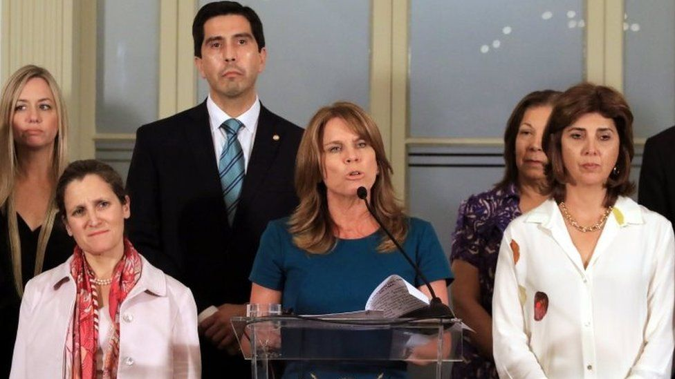 Peruvian Foreign Minister Cayetana Aljowin (C) speaks during a press conference in Lima, Peru, 13 February 2018,