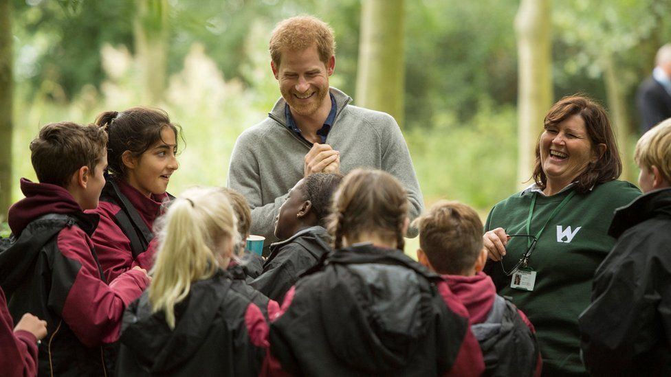 Prince Harry chats to youngsters