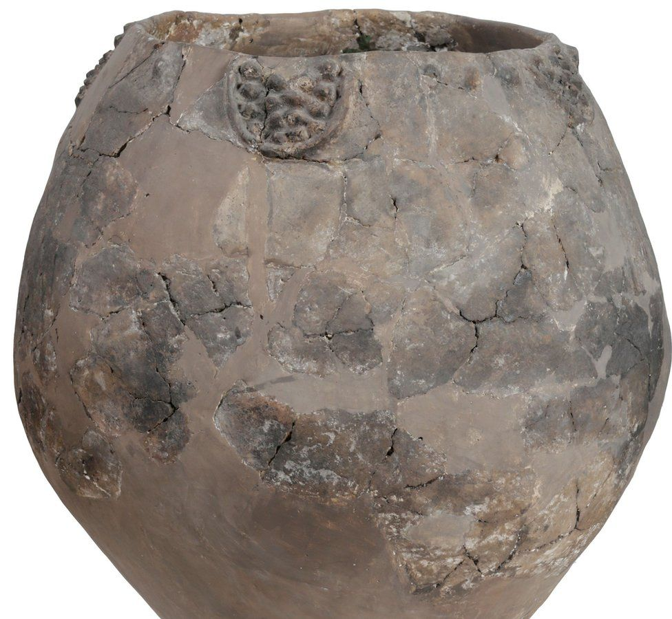 A Neolithic jar from Khramis Didi-Gora, Georgia