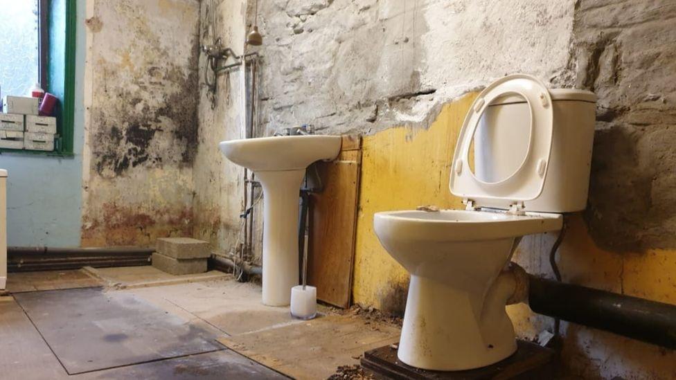 Run-down bathroom