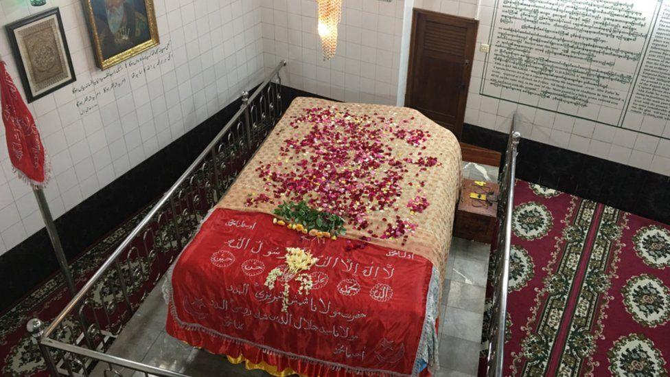 Zafar's tomb
