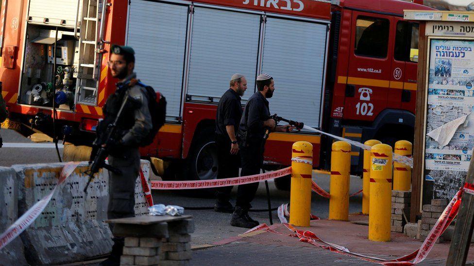 """إسرائيل تقتل فلسطينيا """"حاول"""" طعن جندي"""