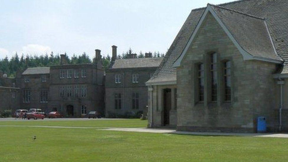 Strathallan School